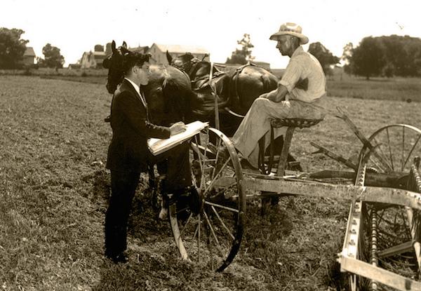 1940-census-enumerator
