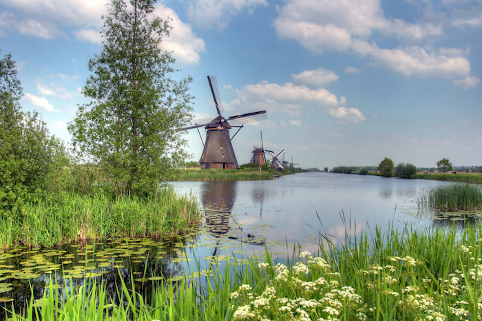 Dutch_windmills-cc