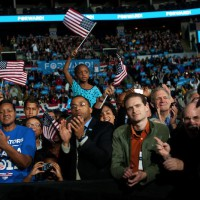 barack-obama-crowd-cc