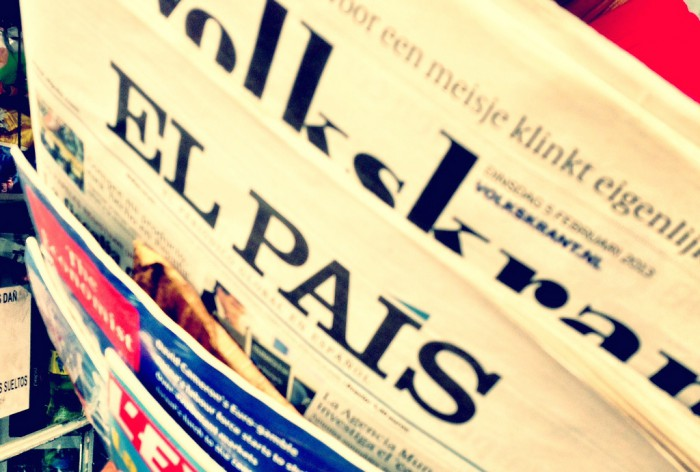 el-pais-newspaper-spanish-cc