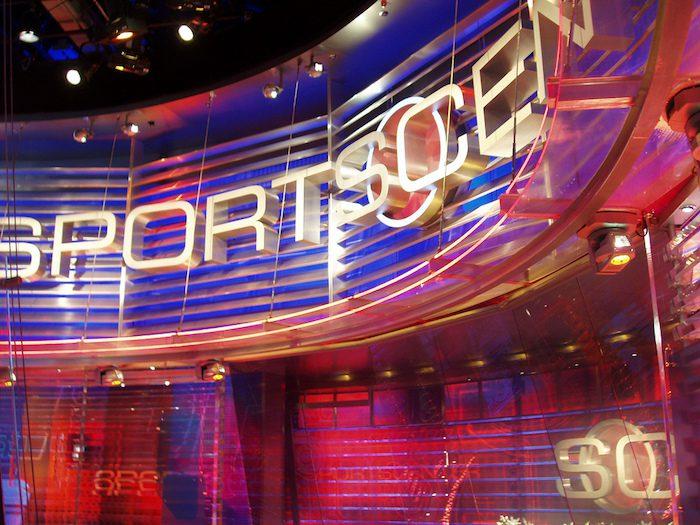 ESPN com has finally replaced espn go com, and a newish SEO rule