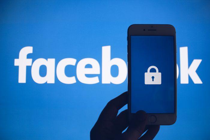 Facebook roadblocks ProPublica's ad transparency tool (gee