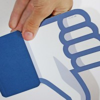 facebook-down-thumb-cc