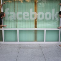 facebook-window-cc