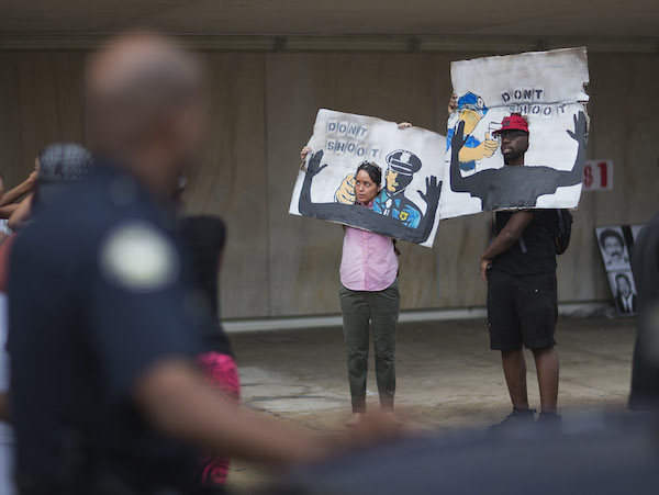 ferguson-protesters-ap