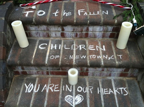 newtown-shooting-memorial-cc