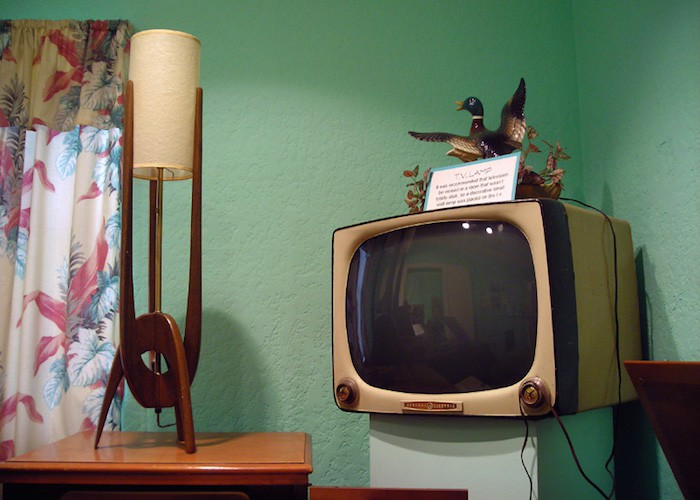old-tv-cc