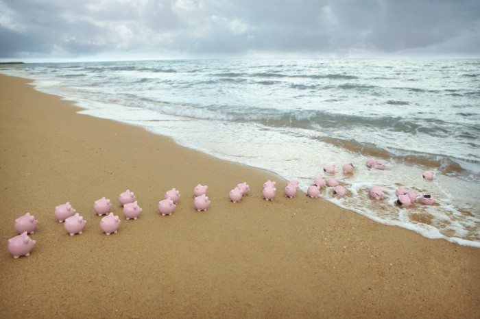 piggy-bank-offshore-banking-beach