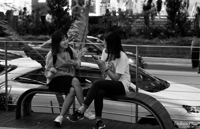 singapore-phones-cc-700x452.jpg