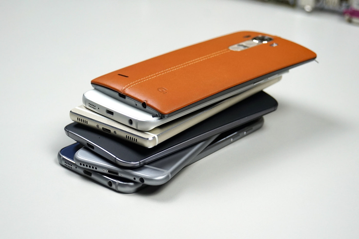 stack-of-phones-mobile-cc