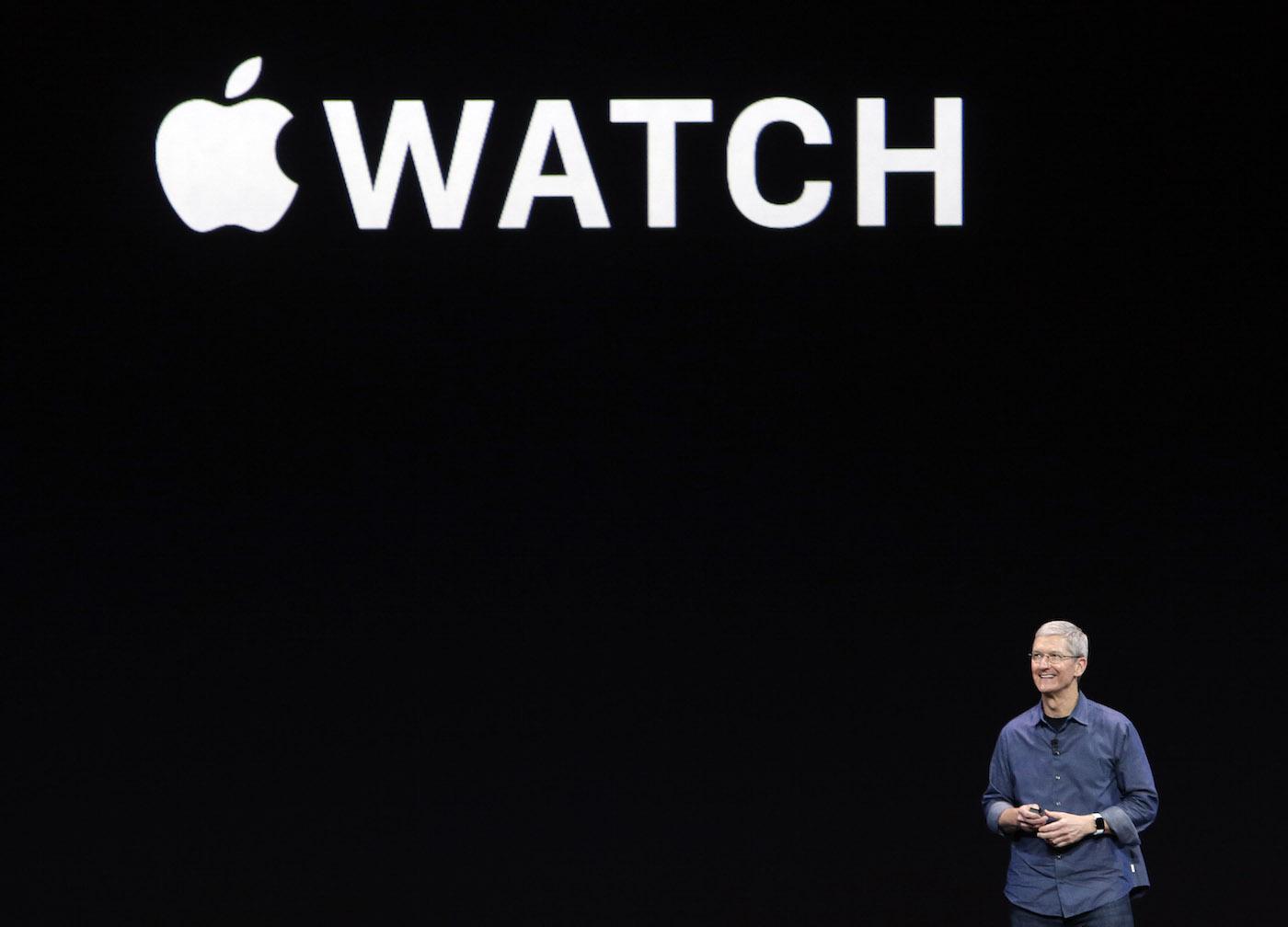 tim-cook-apple-watch-intro-ap