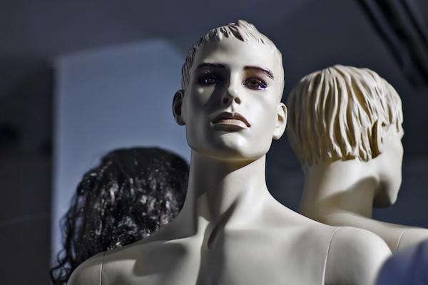 white-male-mannequin-cc